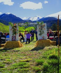 Romantic Mountain View Weddings at the Historic Pines Ranch!